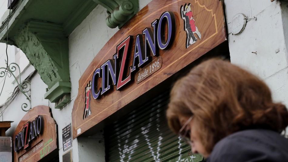 Bar Cinzano anuncia su reapertura.
