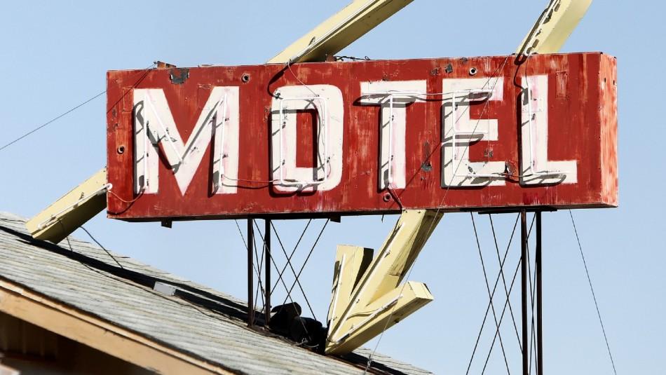 ¿Qué permiso necesito para ir a moteles en comunas en cuarentena?