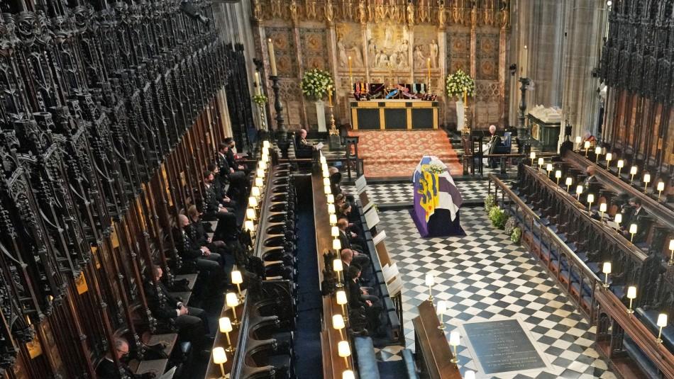 Adiós al príncipe Felipe: Reina Isabel II despidió a su esposo en un sobrio funeral