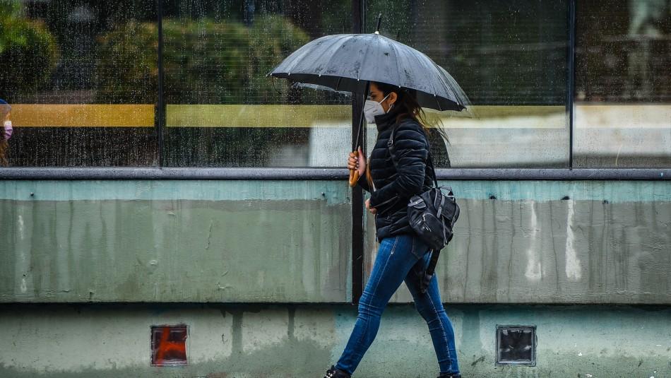 Lluvia en Santiago de la próxima semana: Revisa cuánta agua caerá sobre la capital y qué días
