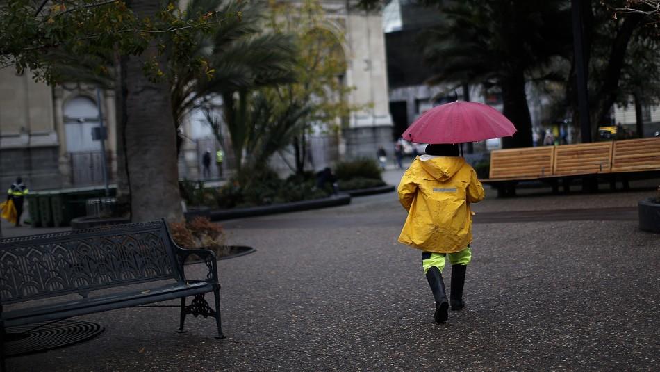 ¿Lloverá en mi comuna?: Revisa dónde caerán precipitaciones en Santiago