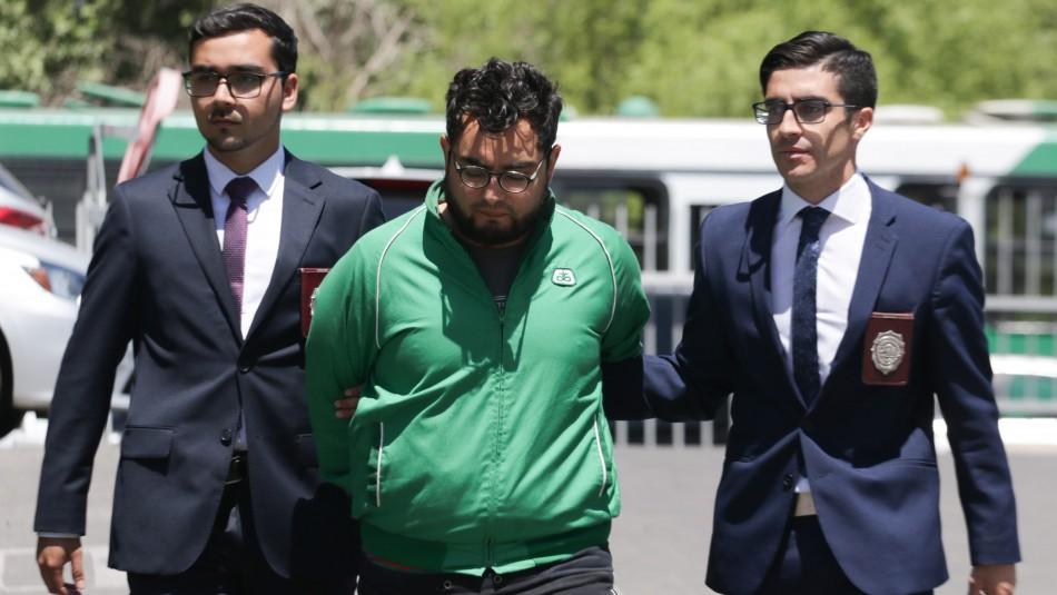 Fiscalía pide 8 años de cárcel para profesor imputado por daños al Metro