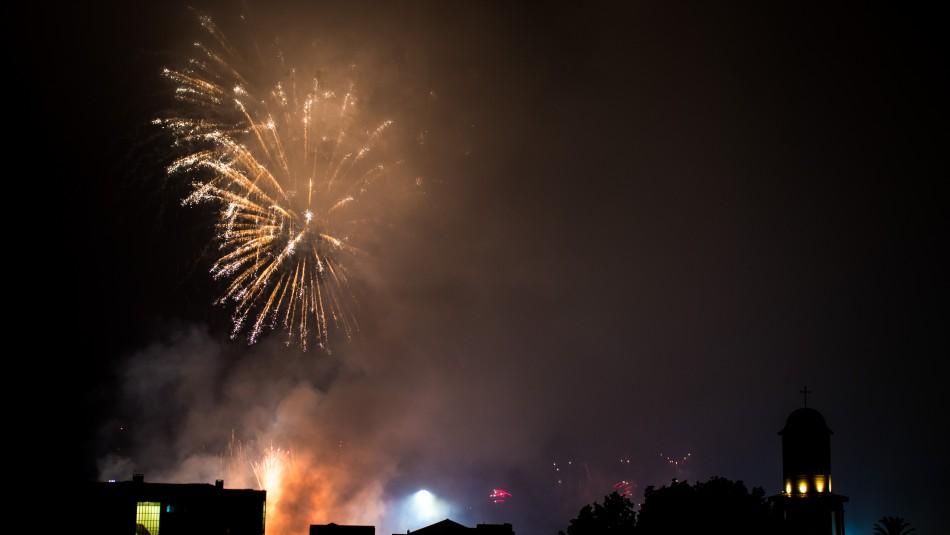 Ningún herido: Carabineros da su versión por fuegos artificiales que se escucharon en la capital