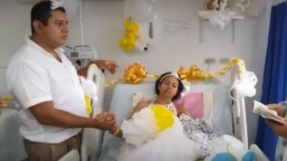 Mujer con cáncer terminal se casa en hospital: