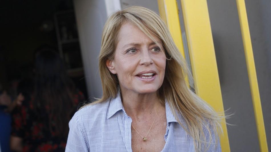 Cecilia Bolocco encara a seguidora que la criticó: