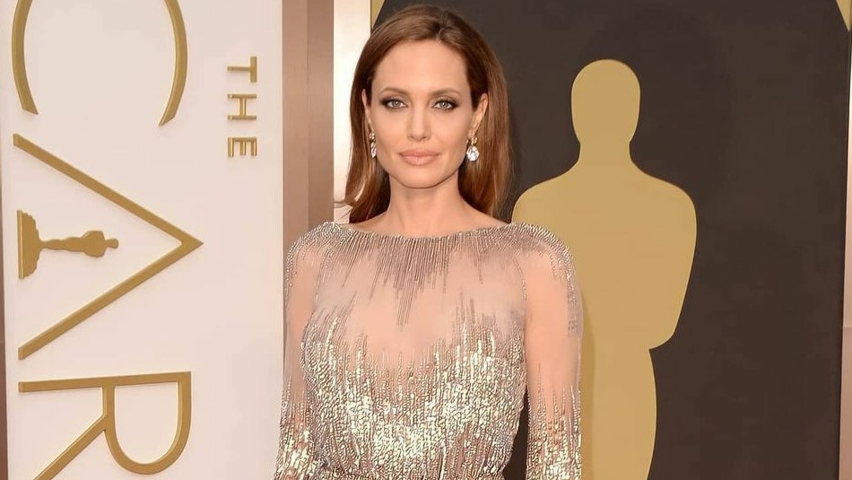 Angelina Jolie revela que una