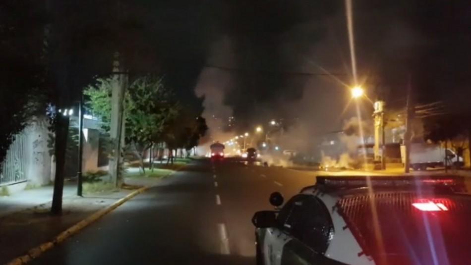 Cerca de 50 personas atacaron la 33° comisaría de Ñuñoa