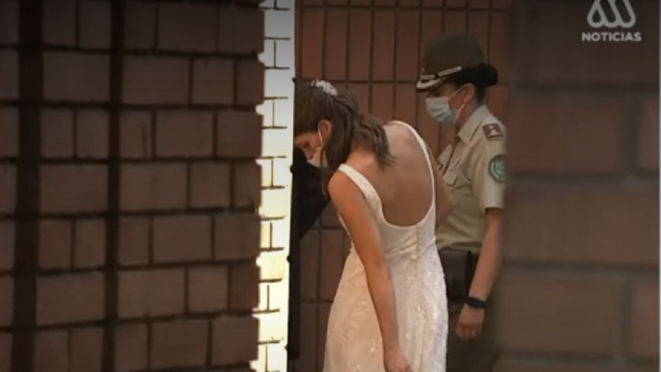 12 detenidos por matrimonio no autorizado en Las Condes.