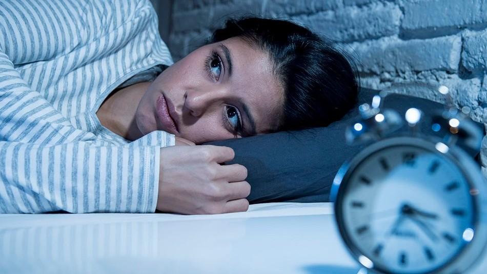 ¿No puedes dormir? Toma este problema en serio y pon en práctica estos consejos