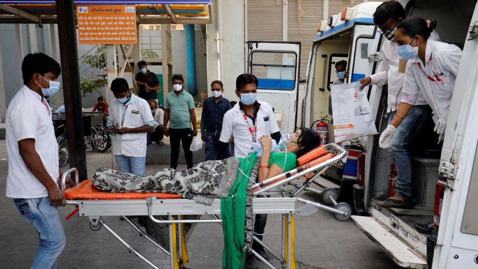 Triste récord en India: Cerca de 350.000 nuevos casos de coronavirus en 24 horas