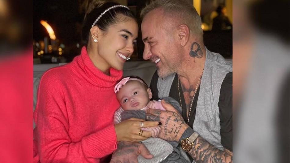 El divertido video de Sharon Fonseca pidiéndole a Gianluca Vacchi cambiarle el pañal a su hija