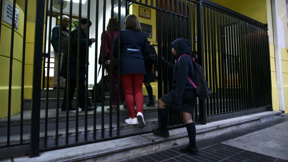 Retorno a clases presenciales en comunas que salen de cuarentena seguirá siendo opcional