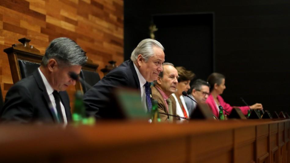 Recurso contra tercer 10% en TC: ministro Aróstica abre la puerta a un fallo distinto