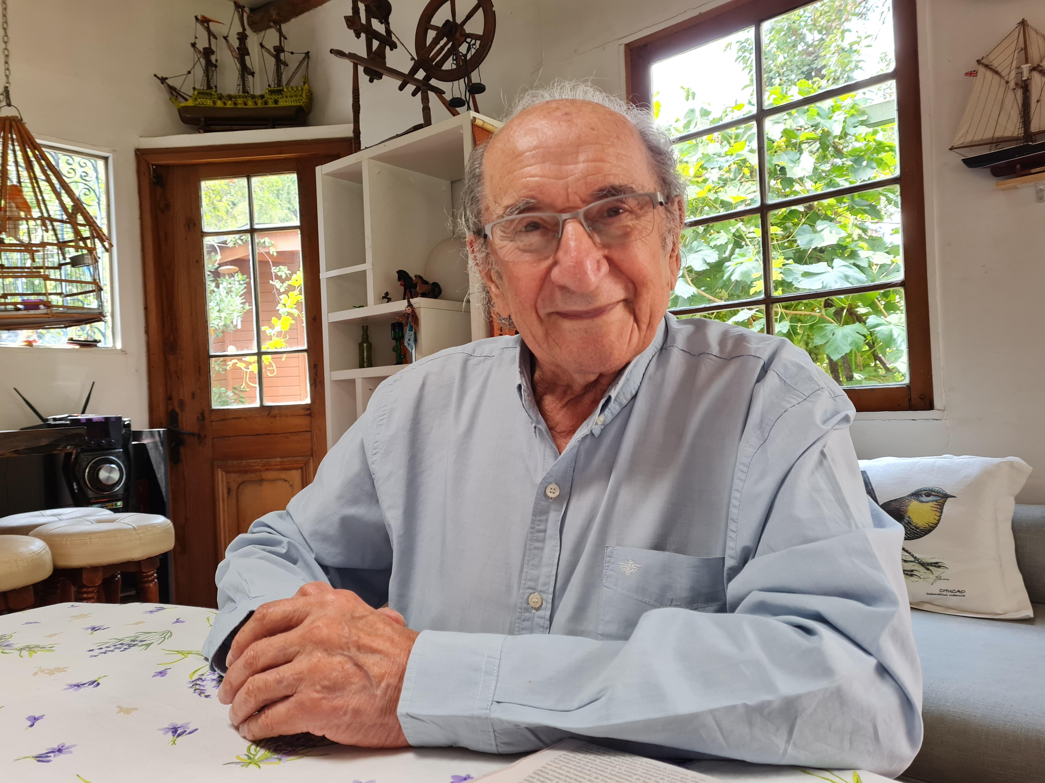 Luis Alarcón a sus 91 años