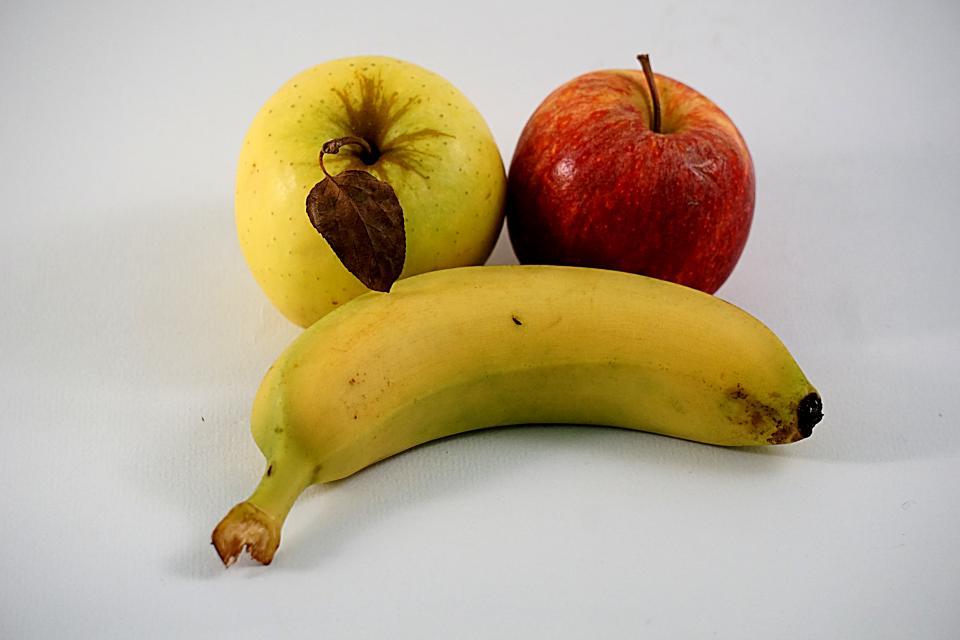 Plátanos y manzanas son buenos para la diarrea