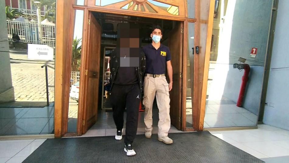 Sujeto es arrestado por violación y abuso en Antofagasta.