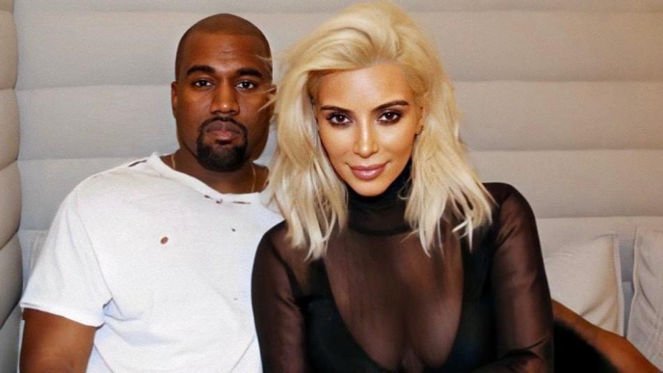 Aunque Kim Kardashian estaría saliendo con otro, Kanye West aún lleva su anillo de bodas