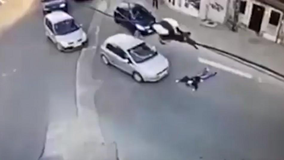 Mujer simula accidente en Rumania.
