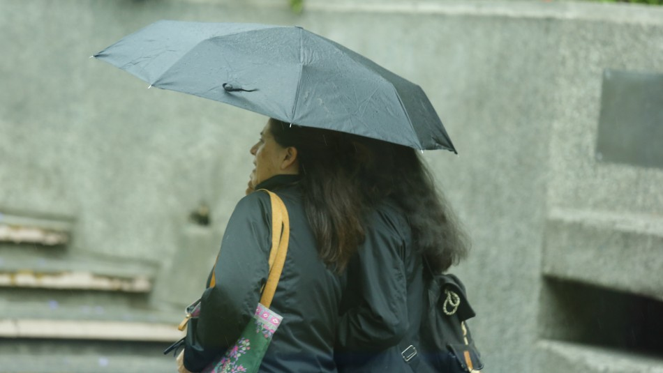 Lluvia en Santiago: