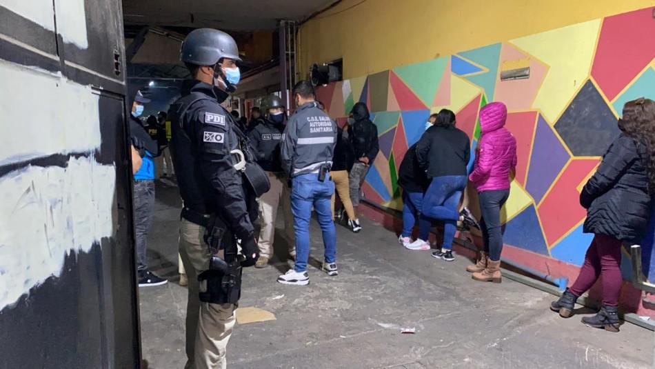 Asado por el Día del Trabajador termina con 23 detenidos y local clausurado en Santiago Centro
