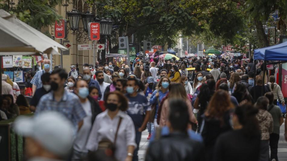 Lideran la RM y Maule: Las regiones con más casos activos de coronavirus en Chile
