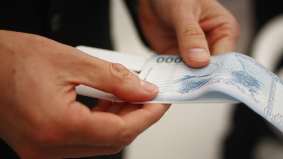 Gobierno ingresó proyecto para el aumento del salario mínimo: Alza sería de $10.500