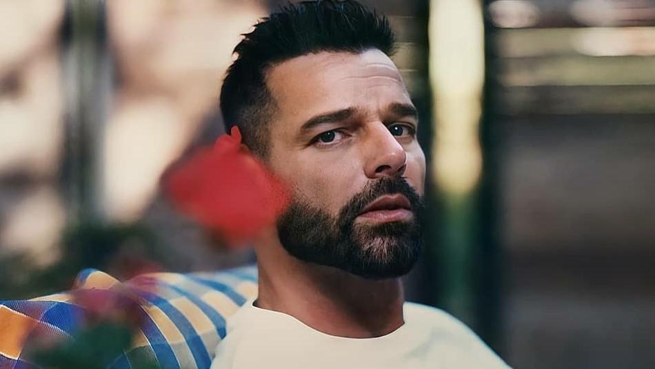 Ricky Martin pide actuar contra femicidios tras el asesinato de embarazada por un boxeador