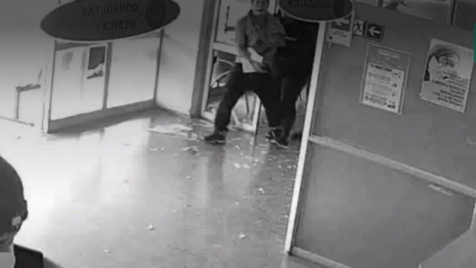 Paciente que rompe ventanal y agrede a funcionarios en hospital de Talagante.