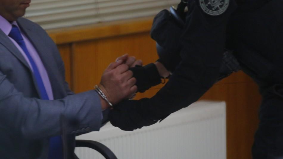 Abogado es acusado de envenenar a mujer para cobrar millonario seguro de vida