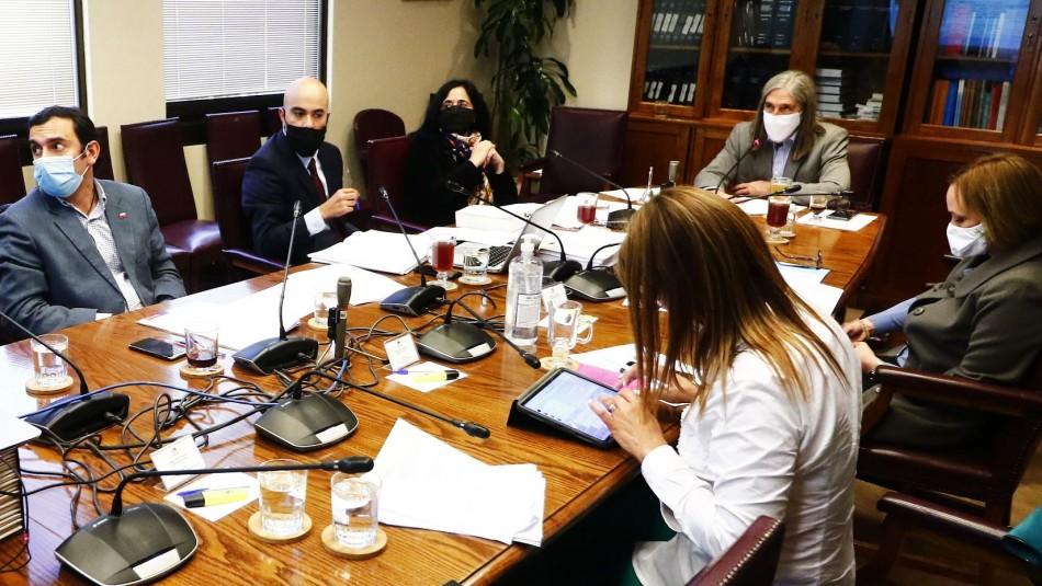 Bono de $200 mil: comisiones del Senado aprueban y despachan a Sala el proyecto