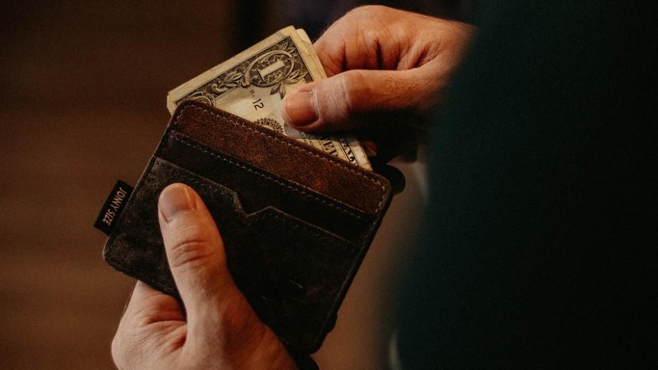 Asesinan de una puñalada en el pecho a vendedor por un billete en mal estado