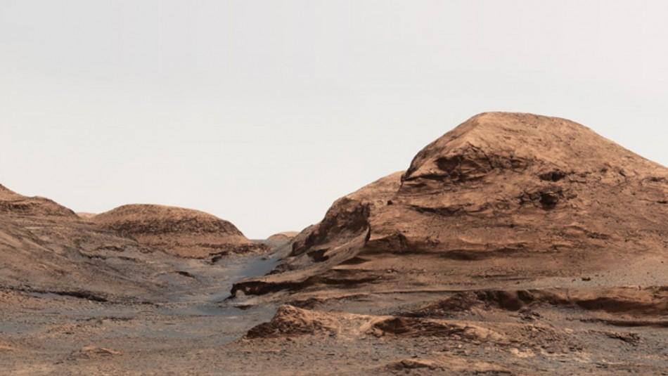 Estudio asegura que podría haber vida bajo la superficie de Marte
