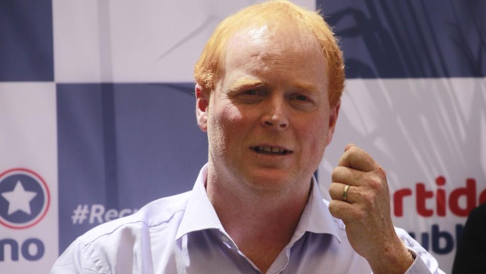 Rojo Edwards da positivo al coronavirus y no podrá votar en las elecciones