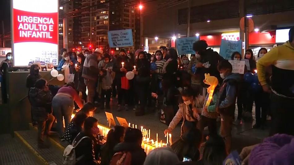 Cientos de personas realizan velatón por muerte de enfermeras que acusaron bullying