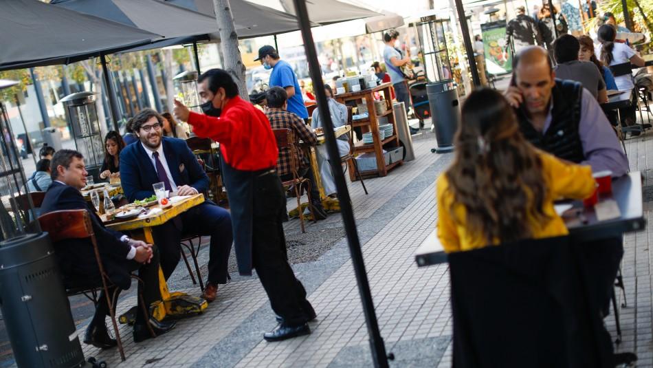 Locales comerciales ofrecen descuentos para clientes vacunados