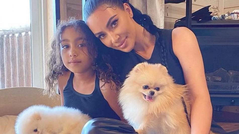 Kim Kardashian conoce a la imitadora más viral de su hija North West y se toma una foto con ella