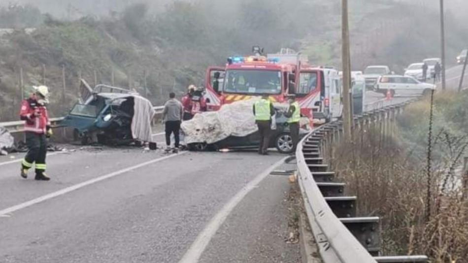 Fatal accidente: Dos personas fallecieron tras colisión en carretera cercana a Curicó