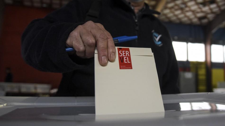 Solo con tu RUT: Conoce los candidatos por los que puedes votar este sábado y domingo