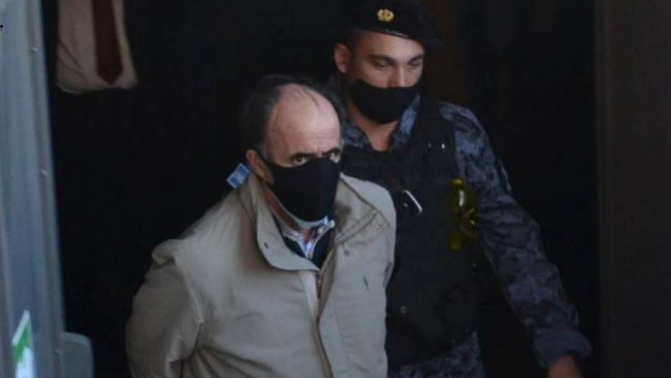 Exsenador argentino fue condenado a prisión perpetua por femicidio de su esposa