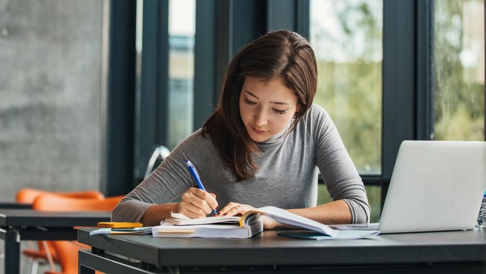 Campus Injuv: Revisa cómo postular a los cursos de formación para jóvenes