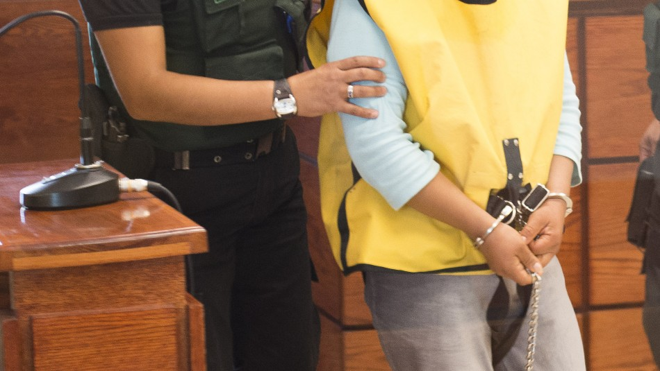 Amplían detención de madre acusada de matar a su hijo de 4 años en Villarrica