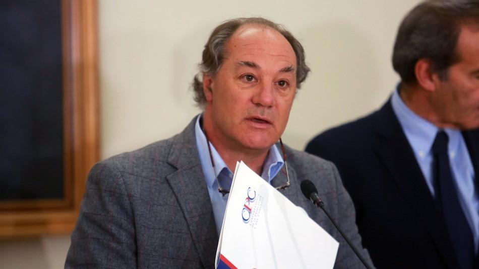 Asaltan casa del presidente de la CPC Juan Sutil: Maniataron a la asesora del hogar