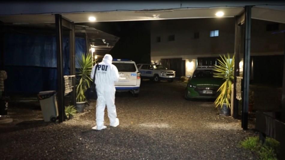 Buscan a acompañante de mujer hallada muerta en motel: