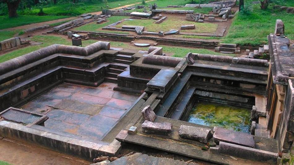 Revelaría los misterios del universo: Se viraliza mapa grabado sobre una piedra en Sri Lanka