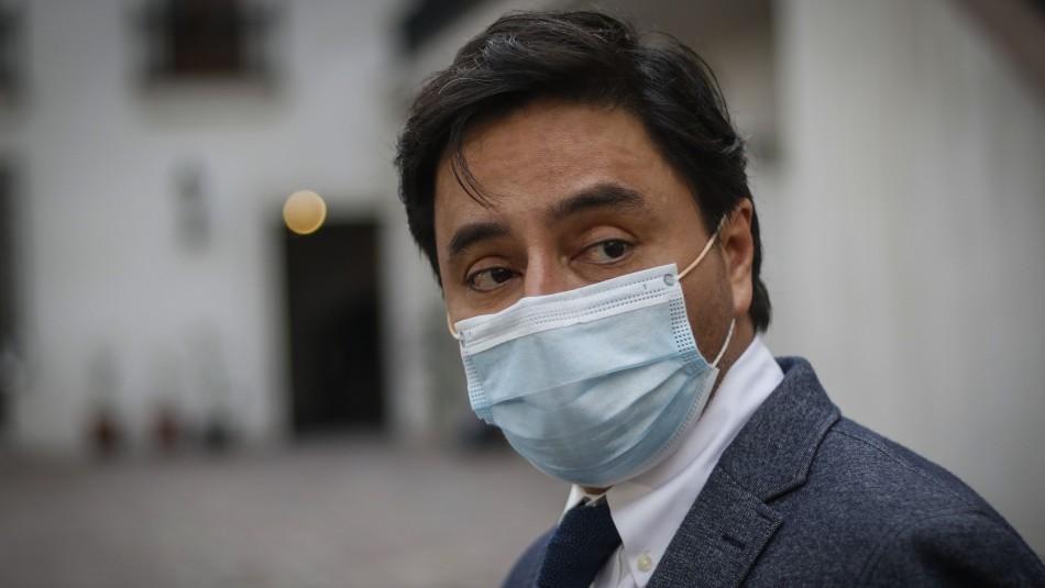 Alcalde Carter cuestiona medidas sanitarias en pandemia: