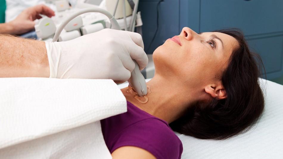 Problemas en la tiroides: Revisa qué síntomas podrían indicar problemas