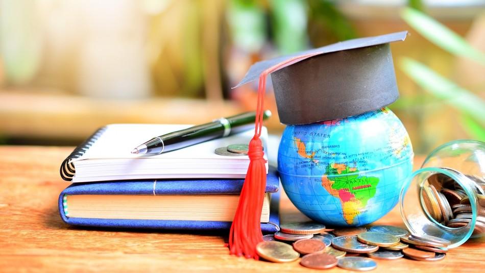 Becas de estudio en el extranjero: Revisa los beneficios a los que puedes postular