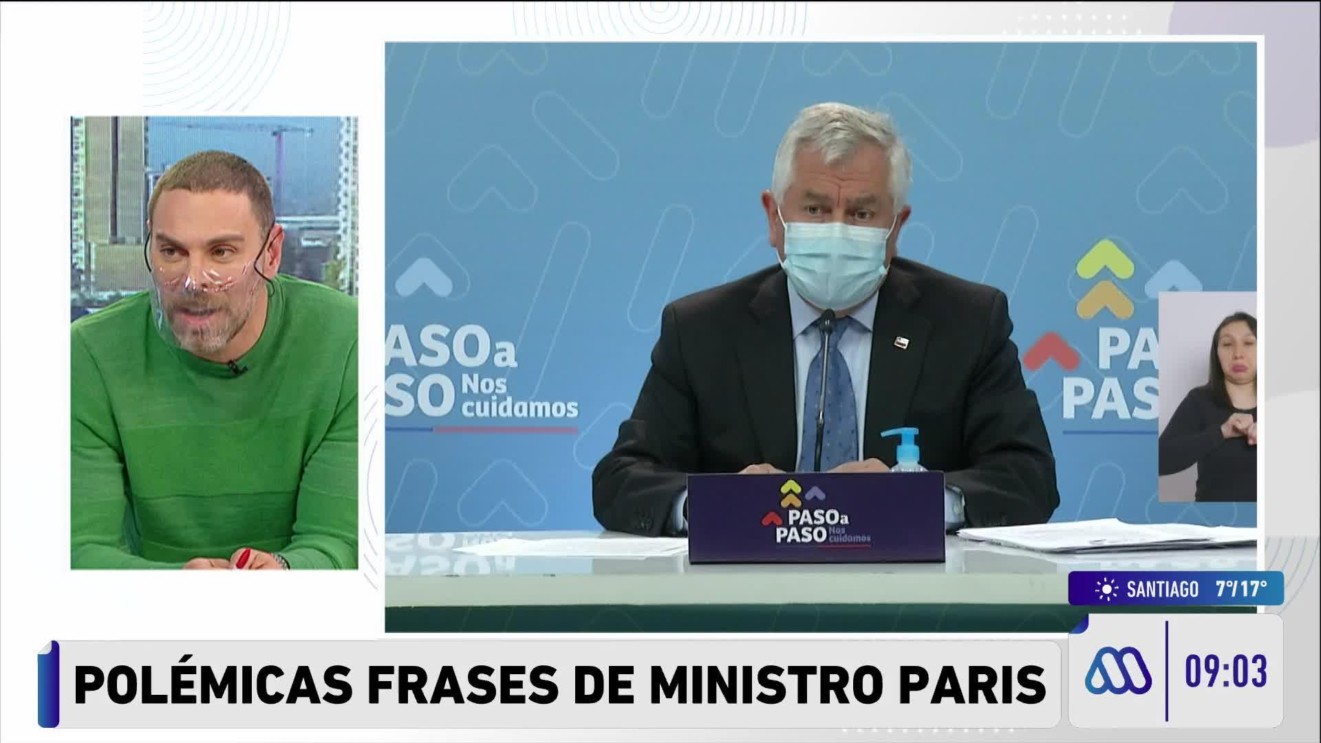 Neme hablándole al ministro Paris en