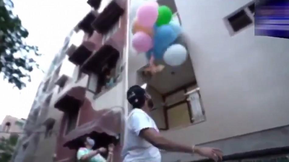 Youtuber fue arrestado por hacer volar a su perro atado a globos de helio