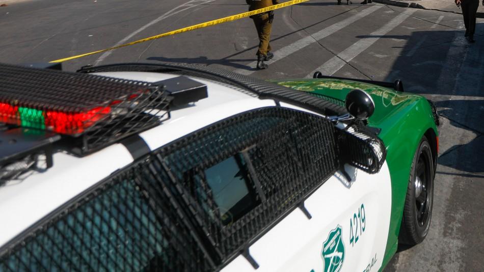 Detienen a tres menores de edad por robo con intimidación de vehículo en Maipú
